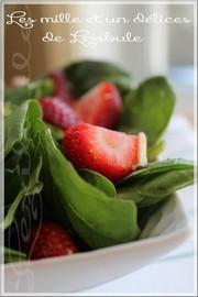 Salades d'épinards et fraises
