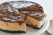 Gâteau au fromage au chocolat TOBLERONE et au beurre d'arachide sans cuisson