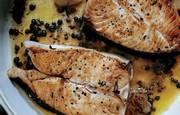 Steaks flétan arrosé de Beurre aux câpres