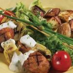 Brochettes de saucisse, sauce rémoulade