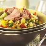 Salade repas d'orge au porc et aux fruits