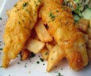 Bâtonnets de poisson croustillants, mayonnaise à la cajun