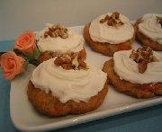Biscuits aux carottes et glaçage au fromage à la crème