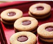 Biscuits-sandwichs au beurre d'arachide et à la gelée