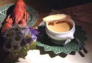 Bisque de homard et croûtons au Saint-Benoît