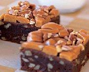 Brownies au caramel et aux pacanes dans un seul bol