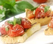Bruchette tomates ail et basilic