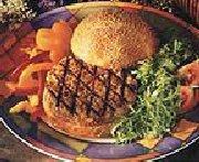 Burger de porc au maïs et tomates séchées