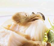 Cabillaud cuisson lente, huîtres et épinard de mer