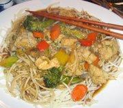 Chow Mein au poulet rapide