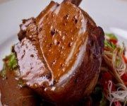 Côte de porc marinée aux sauces hoisin et soya