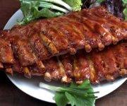 Côtes levées, sauce barbecue