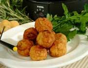 Fondue bourguignonne de boulettes de poulet tandoori