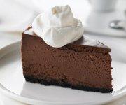 Gâteau au fromage à la truffe au chocolat et au fudge