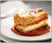 Lasagne au jambon, légumes grillés et gratin au fromage