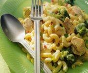 Macaroni au poulet et au brocoli
