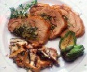 Médaillons de porc farcis de champignons et de pistaches