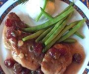 Médaillons de porc, sauce aux canneberges