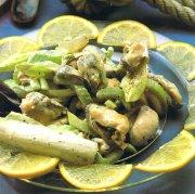 Moules et céleri en salade