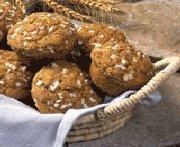 Muffins à l'oignon et à l'aneth avec céréales ALL-BRAN