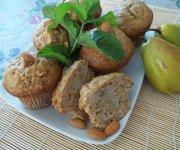 Muffins aux poires et aux amandes