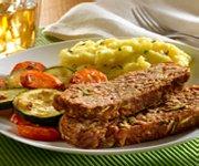 Pain de viande soupérieur avec légumes rôtis
