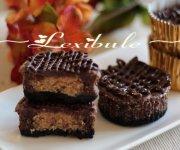 Petits gâteaux au fromage, au chocolat et au beurre d'arachide