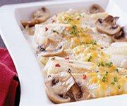 Plat de poisson, champignons et fromage au four