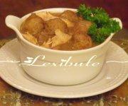 Ragoût de pattes et boulettes de viande