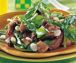 Salade aux champignons marinés