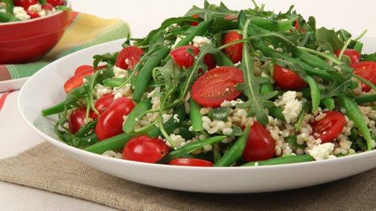 Salade d'orge et de haricots verts - Recettes Québecoises