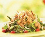 Salade de canard confit, asperges et vinaigrette aux framboises