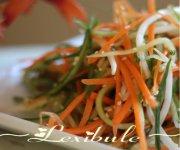Salade de concombre et carotte au sésame