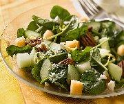 Salade de concombre et de melon croustillant