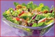 Salade aux noix grillées et aux pommes