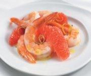 Salade de pamplemousse rouge et de crevettes sans gluten