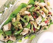 Salade de pâtes au poulet et aux amélanches