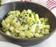 Salade de pommes de terre, sauce crémeuse