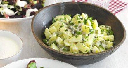 salade de pommes de terre sauce cr meuse recettes qu becoises. Black Bedroom Furniture Sets. Home Design Ideas