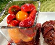 Salade de tomates cerises, fraises et vanille