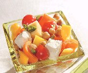 Salade de tomates, fromage et pois chiches