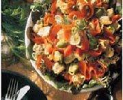 Salade de tortellinis et de saumon fumé