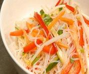 Salade de vermicelles épicée à la coriandre