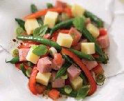 Salade du midi au jambon et légumes