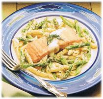 Salade de penne avec saumon