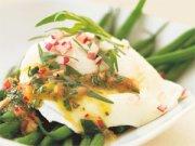 Salade tiède de haricots verts aux oeufs pochés