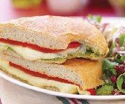 Sandwich au fromage fondant à l'Italienne