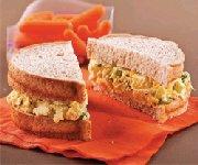Sandwichs aux oeufs et ricotta
