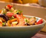 Sauté de crevettes et de pousses de bambou au piment chili