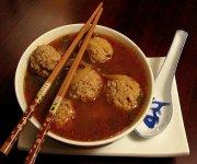 Soupe cantonaise aux boulettes de porc